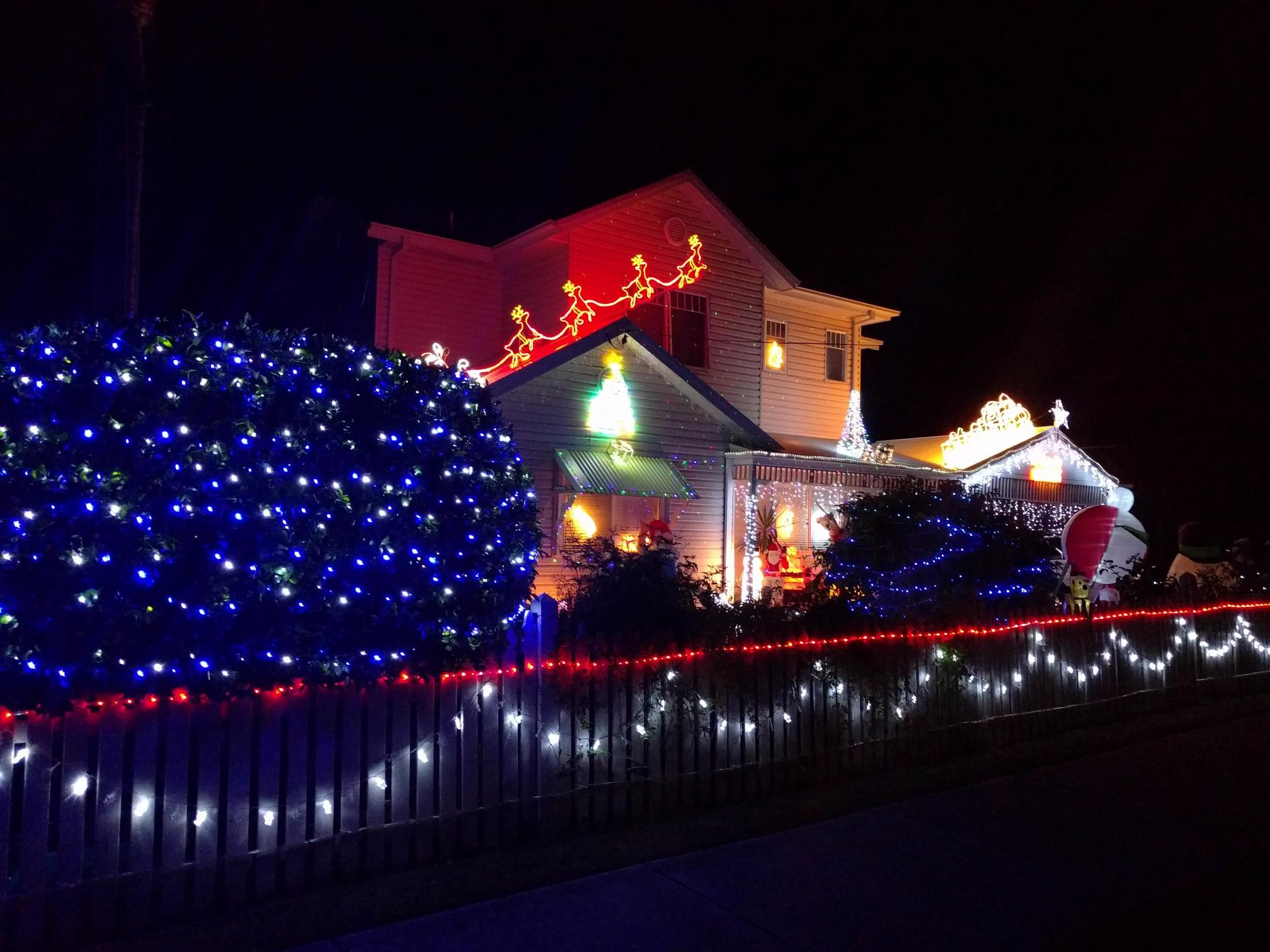 christmas light map maryborough qld