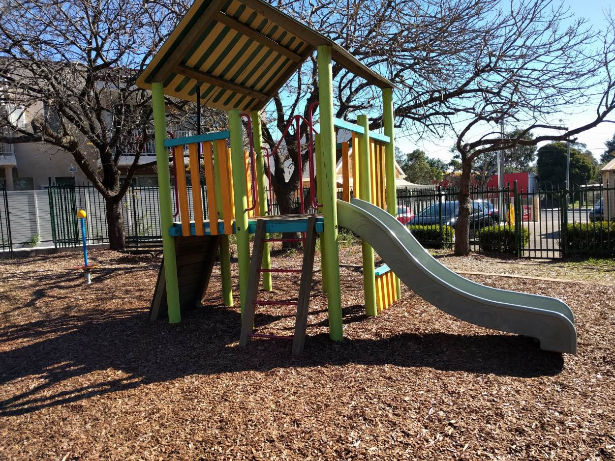 bill thomson reserve parramatta playground near a bus stop victoria road