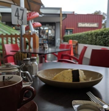 Cafes with Kids Play Spaces Onsite or Within Sight