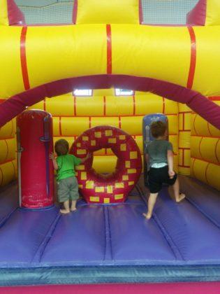 Sportsbliss: jumping castle