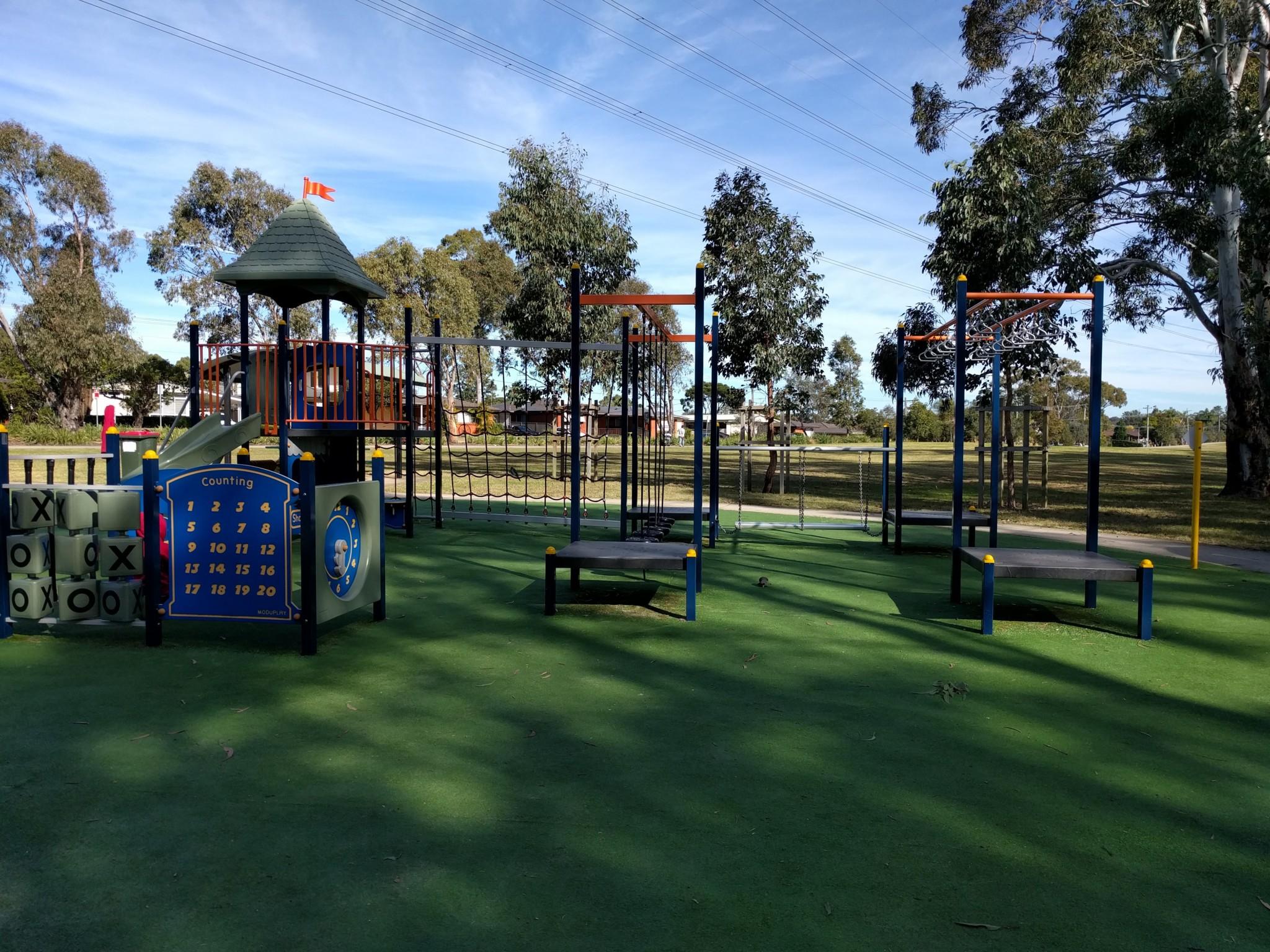 Reynolds Park: playground