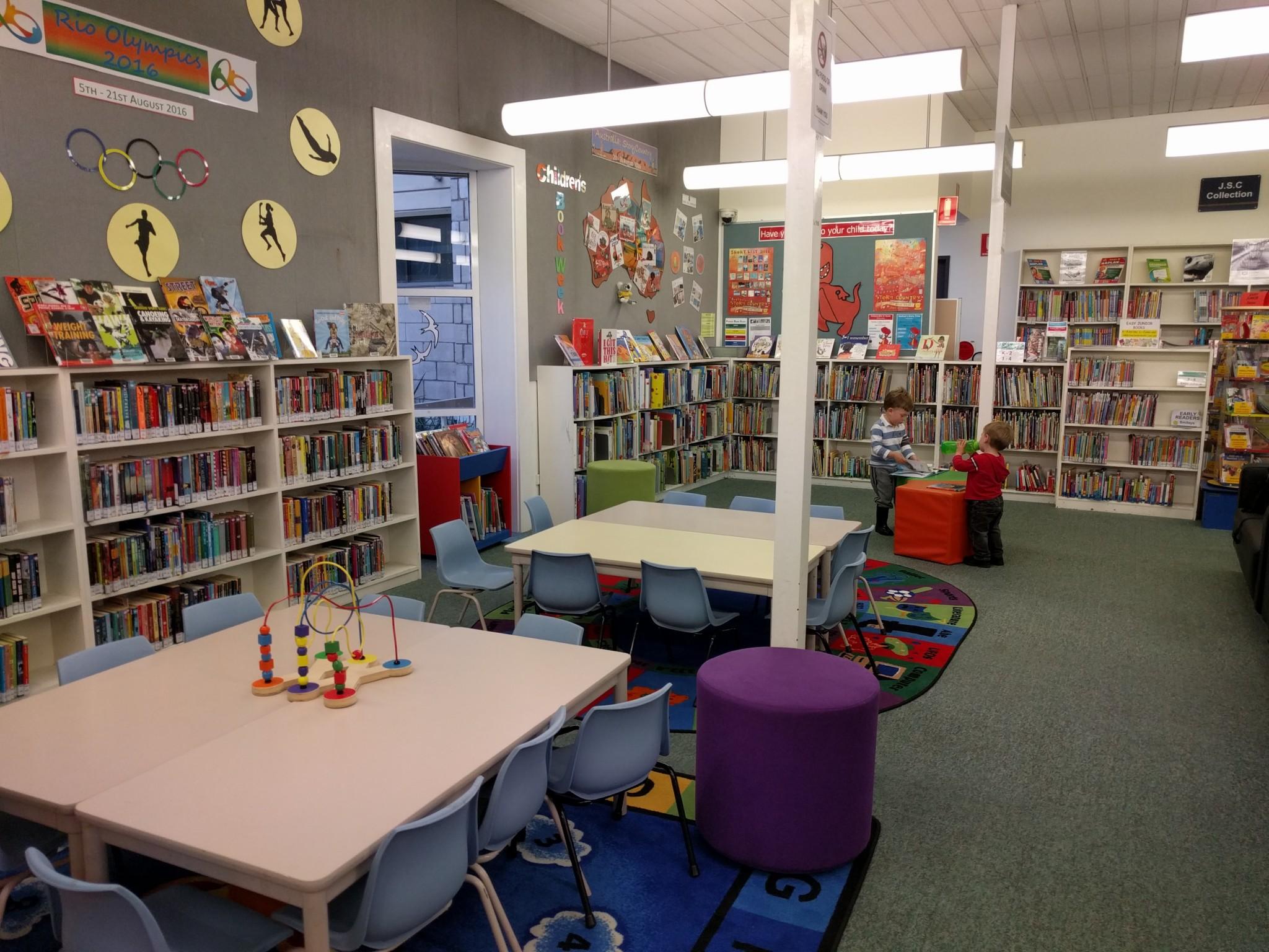 Dundas Branch Library