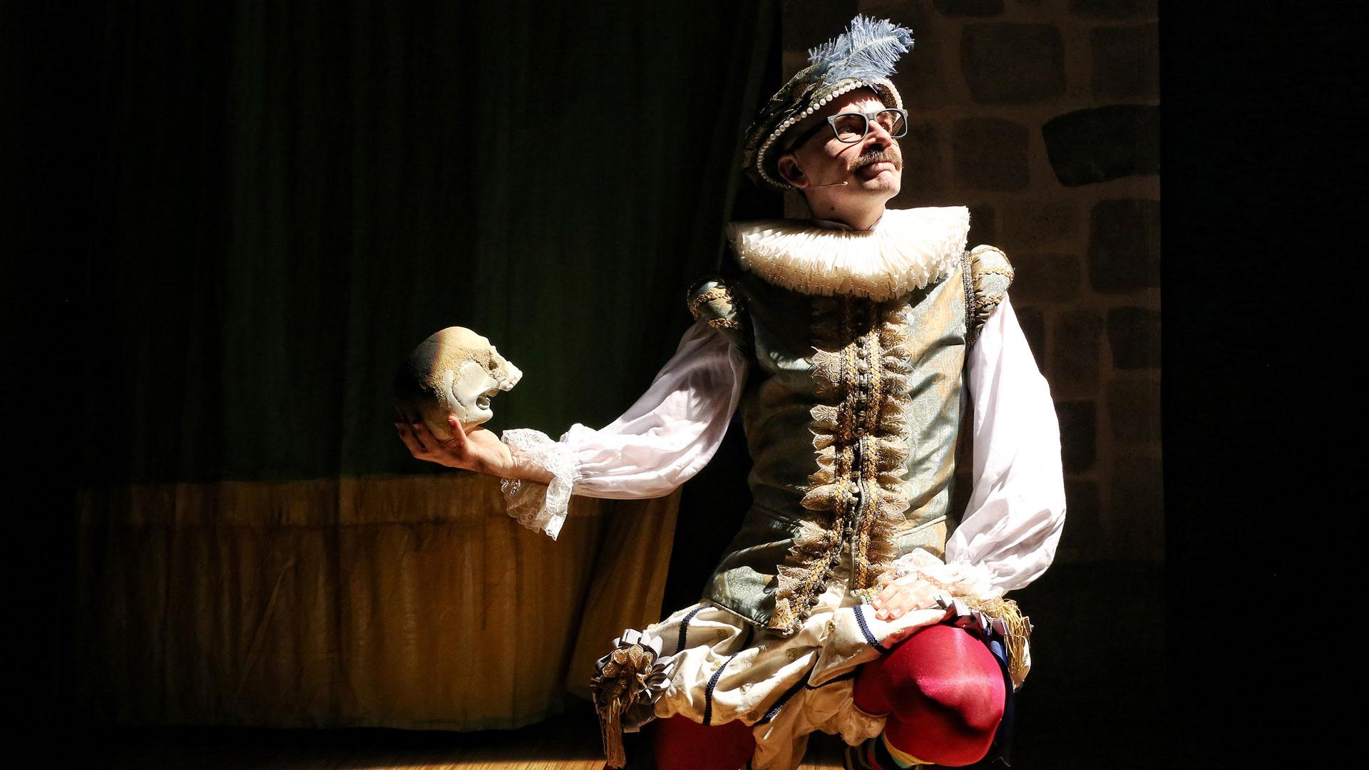 Hamlet, Prince of Skidmark