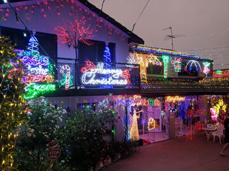 Christmas Lights 136 Excelsior Ave Castle Hill